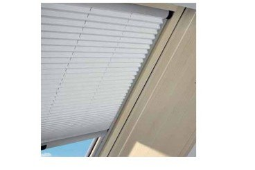 cortina plisada ventana tejado