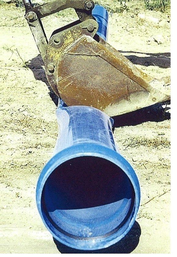 pala en tubo pvc orientado