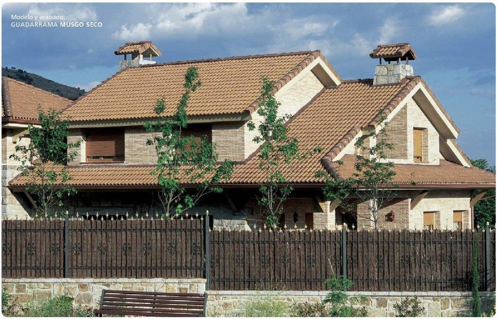 tejado con teja guadarrama musgo seco