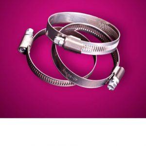 Abrazaderas de acero al carbono con bordes redondeados y desbarbados tratadas con baño de cinc antioxidante conformes a la Norma DIN-3017