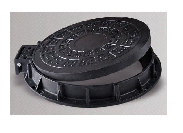 tapa redonda plastico composite con llave1