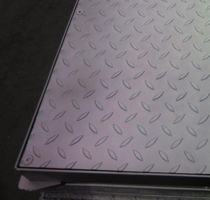tapa estanca antideslizante galvanizada antiolores